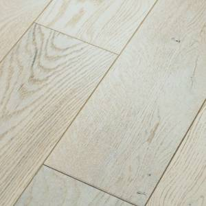 Metallics Collection by Anderson Tuftex Hardwood 8 in. - White gold
