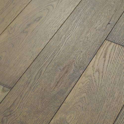 Canoe Bay Neutrality Oak Collection by Paramount Flooring Engineered Hardwood 7 in. Oak - Enigmatic Elegance