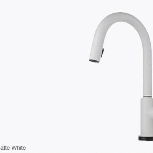 BRIZO SOLNA SINGLE HANDLE PULL DOWN KITCHEN FAUCET WITH SMARTTOUCH - Matte White