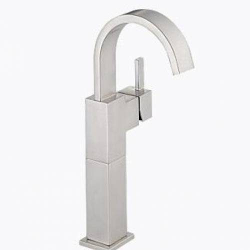 DELTA VERO SINGLE HANDLE LAVATORY FAUCET - Stainless