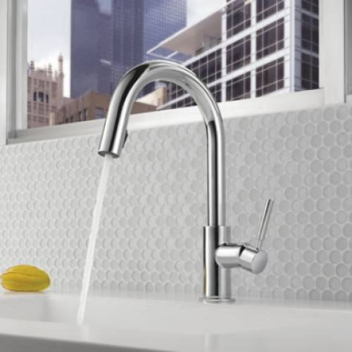 BRIZO SOLNA SINGLE HANDLE PULL DOWN KITCHEN FAUCET WITH SMARTTOUCH - Chrome