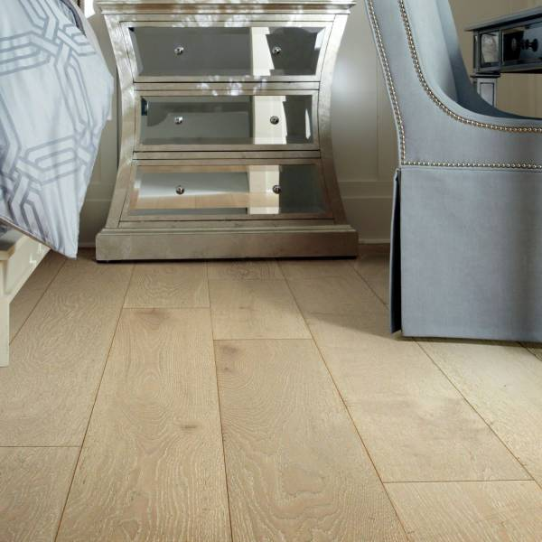 Castlewood oak by shaw wood for Hardwood floors of lancaster